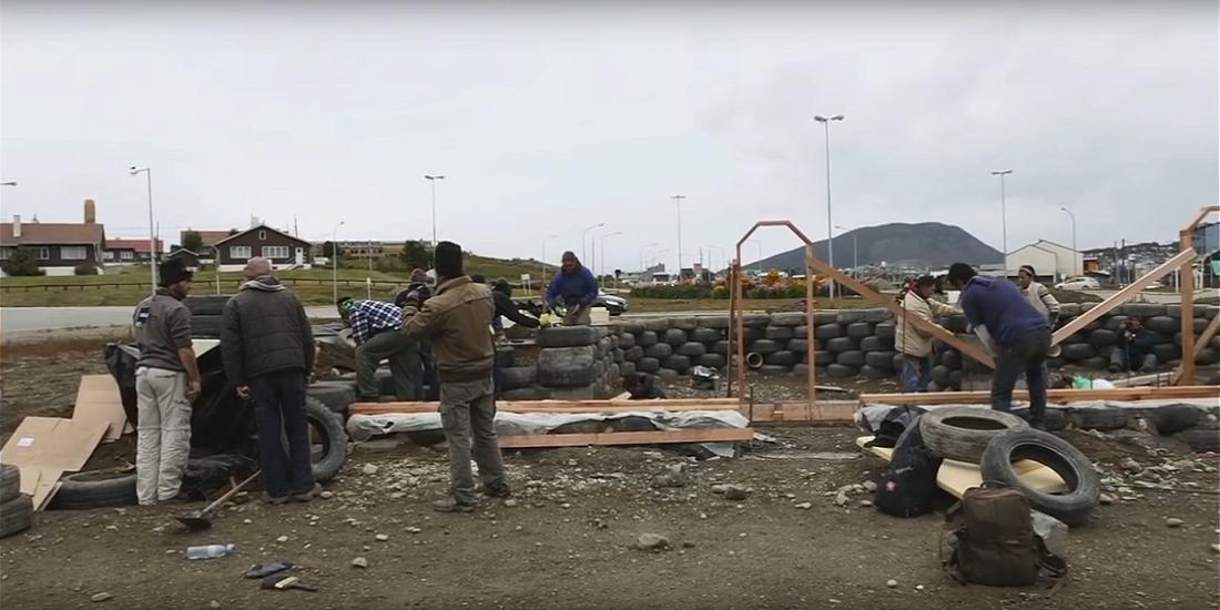 Recipe For Change – Ushuaia Earthship Build