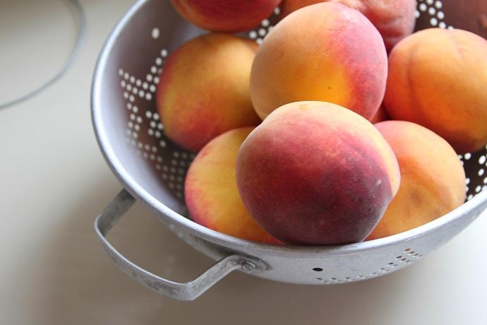 The Magnificent Peach 01